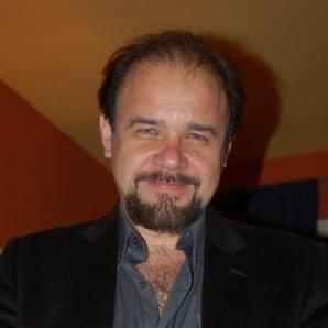 Pedro Reyes en Centro de Terapia de Conducta